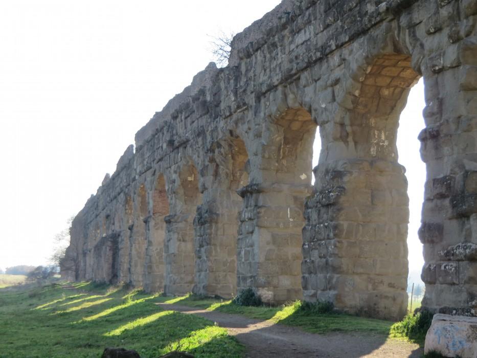 Roman-Aqueduct-Rome
