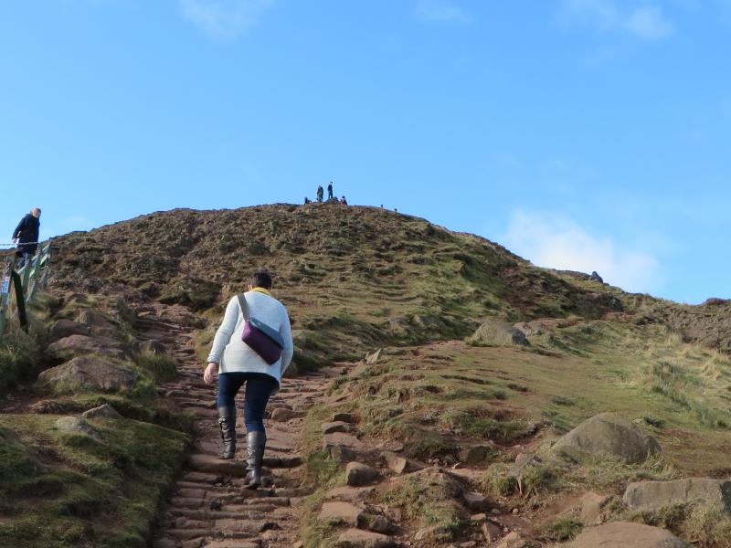 Edinburgh Arthurs Seat | Ellen Says Hola | Travel Blog